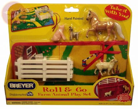 Breyer Roll & Go Farm Animal Play Set Stablesmates